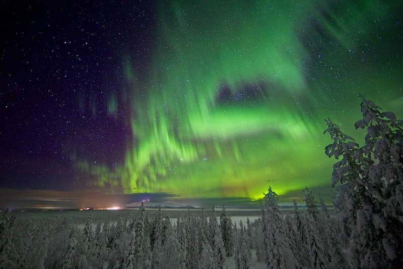 terra-graphic-lapland-northern-light-view